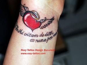 salon tatauje bucuresti roxy tattoo modele inima scris old school