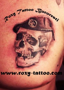 craniu_piept_roxy_saloane_tattoo